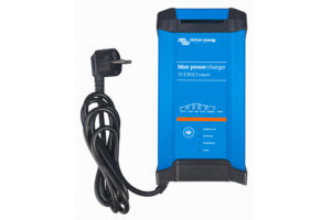 bpc123023002_blue-power_charger_1230-ip223_230v50hzfront