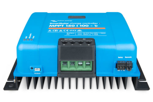 smartsolar-charge-controller-150-100-tr_front-angle_no-led